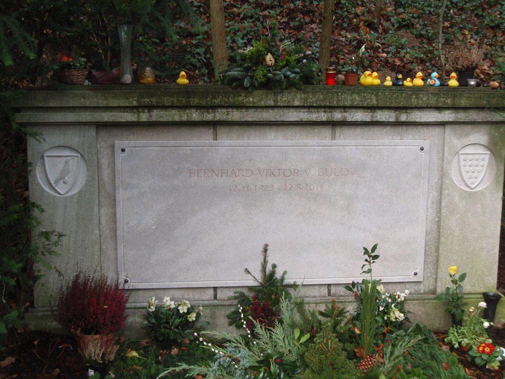 Friedhof Heerstraße | Grab Bernhard-Viktor von Bülow 'Loriot' | Foto: Christian Simon